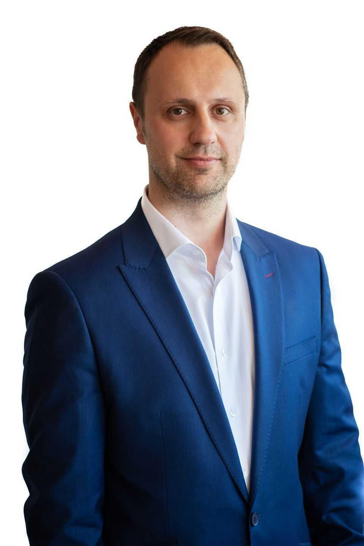 Izet Bajramović
