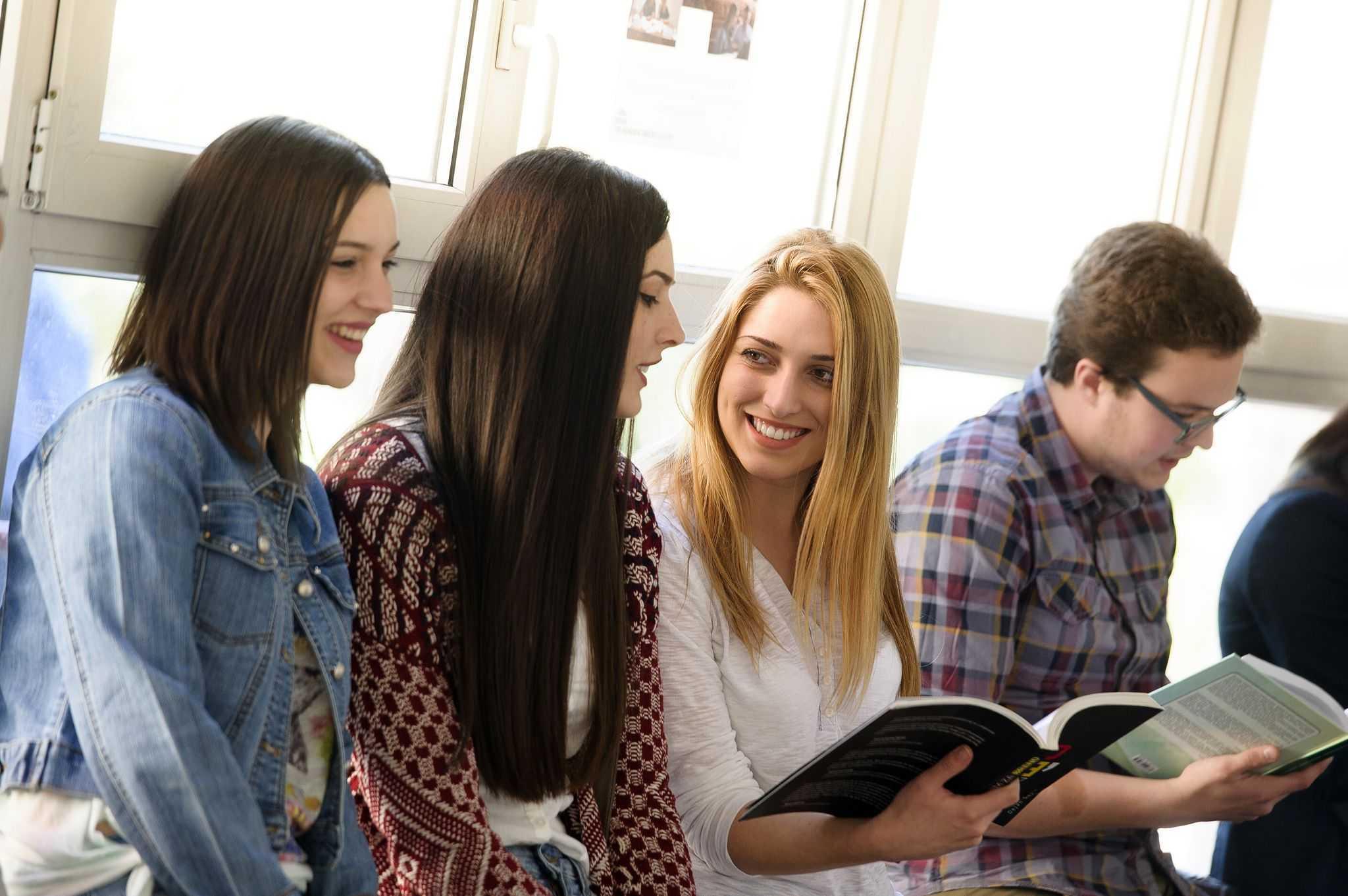 Veliko interesovanje za upis na reformisane studije na Univerzitetu Crne Gore - u prvom upisnom roku prijavljeno 3510 kandidata na 3486 mjesta