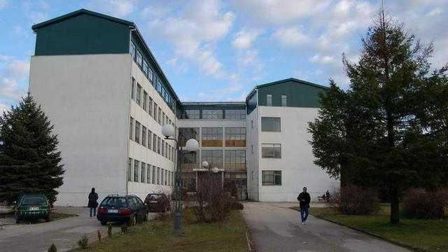 """Filozofski/Filološki fakultet u saradnji sa NVO """"Mensa Crne Gore"""", organizuje besplatno, bazično testiranje 75 studenata."""