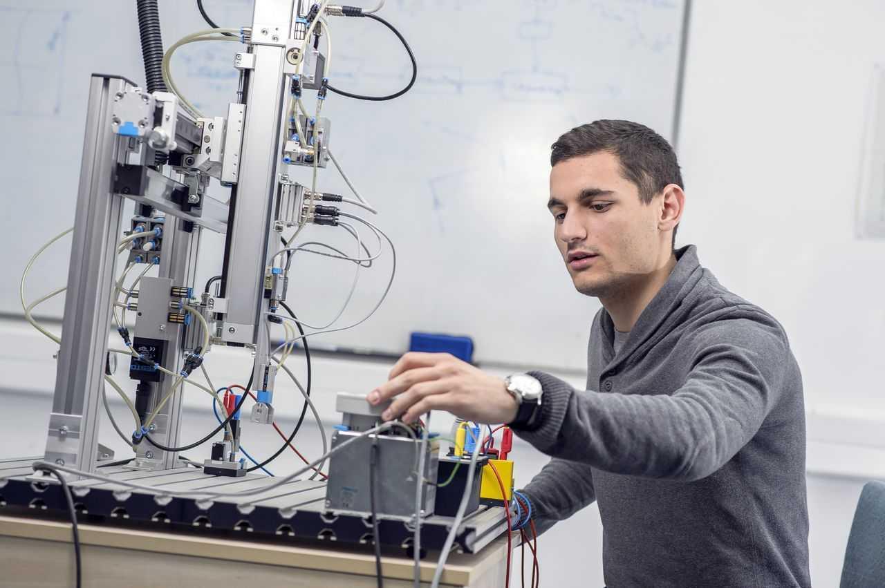 Energetika i robotika nezamisliva bez mašinaca