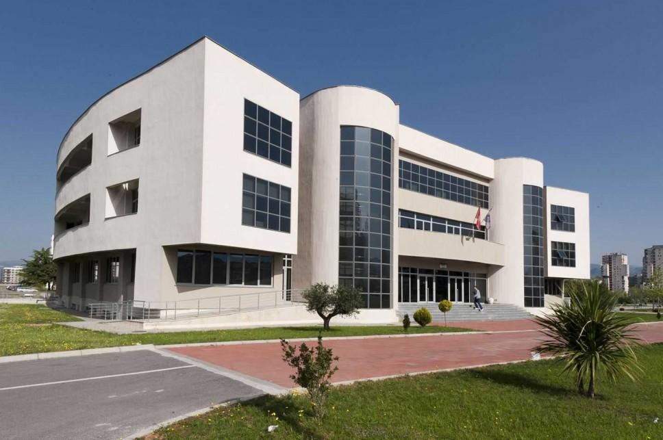 Univerzitet Crne Gore za knjige opredijelio više od 300.000 eura
