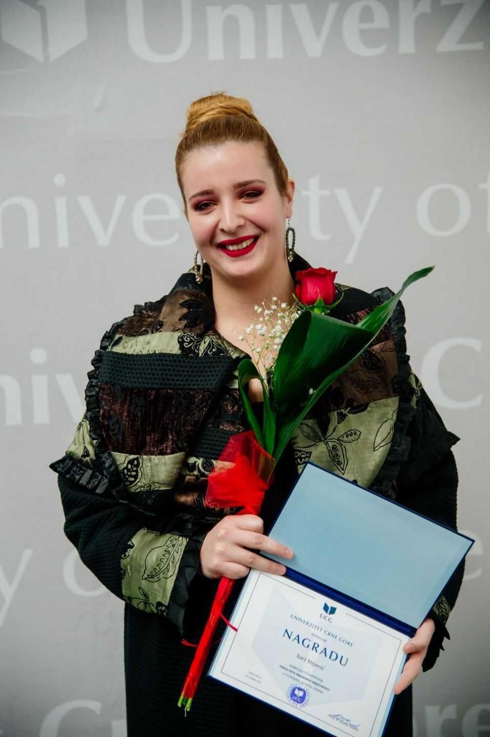 Sara Stijović, najbolji student Fakulteta dramskih umjetnosti