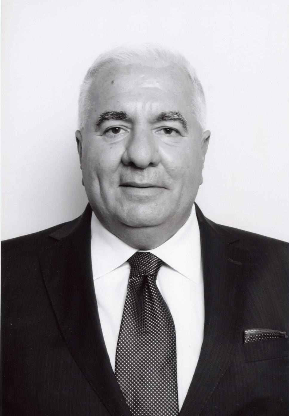 Biografija - Rašović Zoran