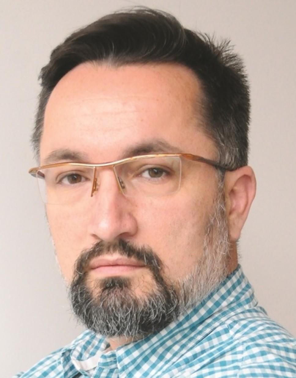 Biografija - Lučić Dejan