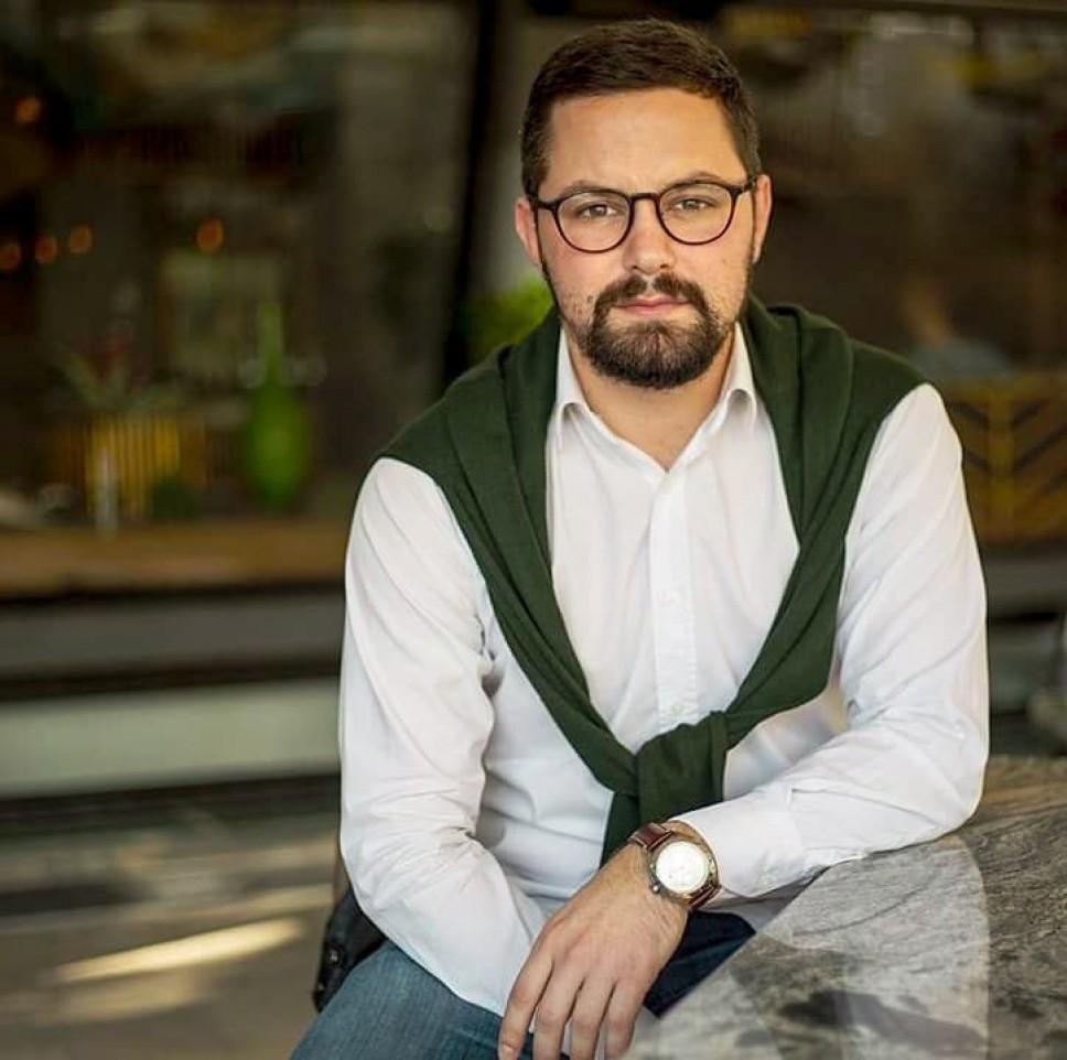 Mr Marko Savić - Biografija