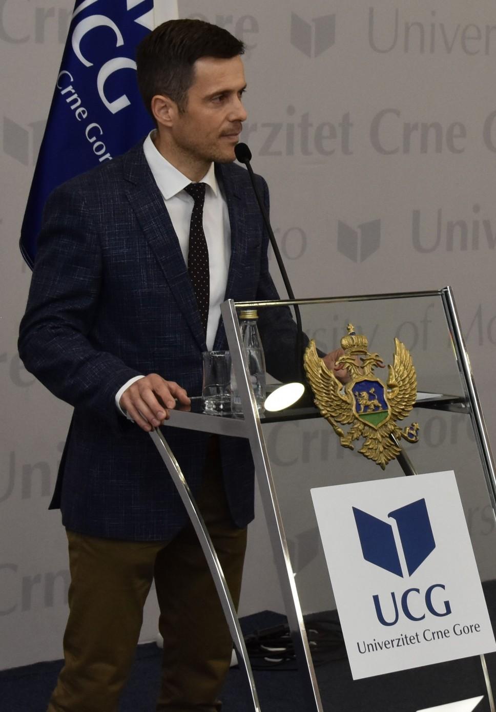 Biografija - Mujović Saša