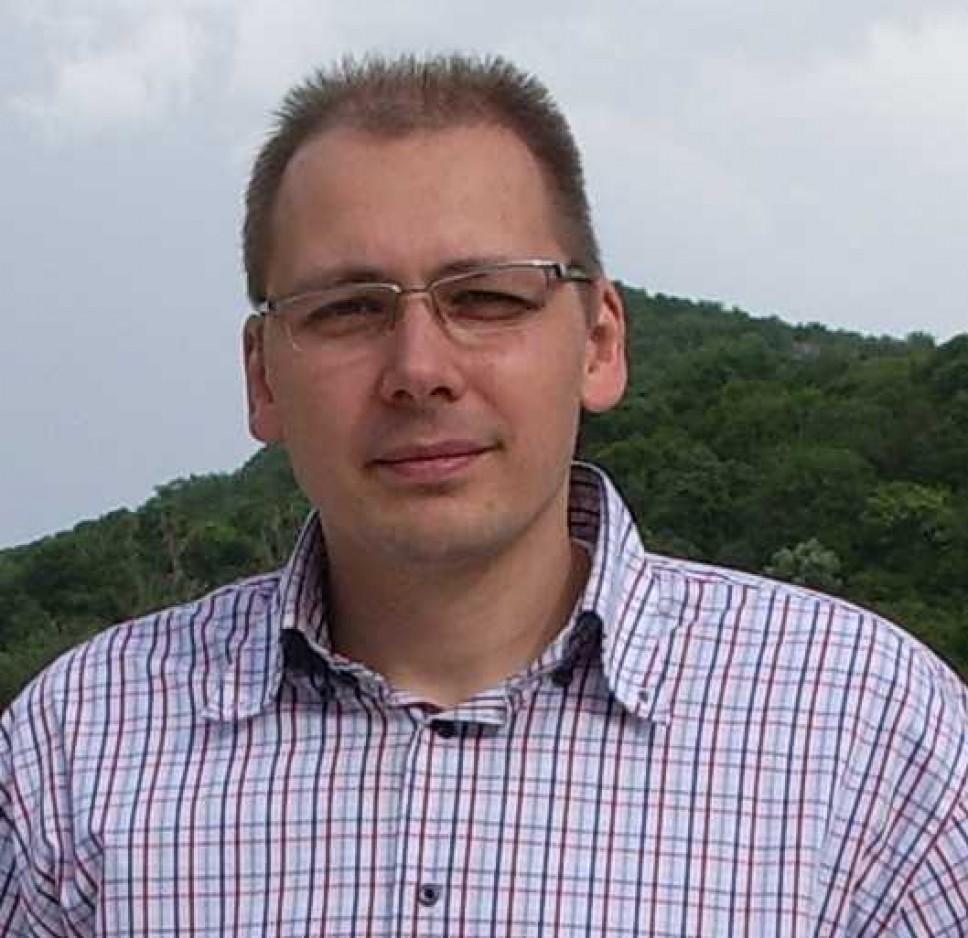 Biografija - Perović Andrej