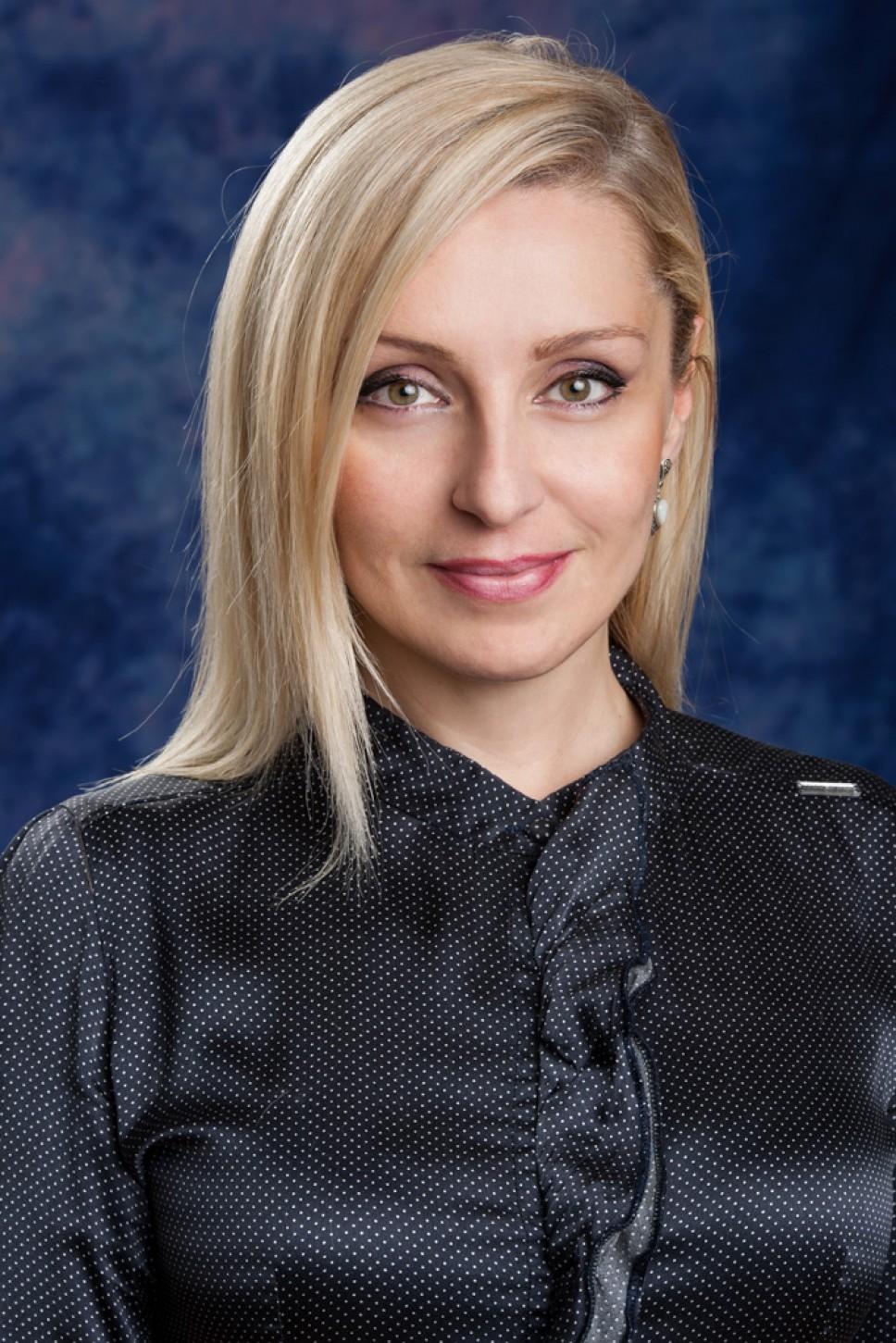 Biografija - Ivana Ćipranić