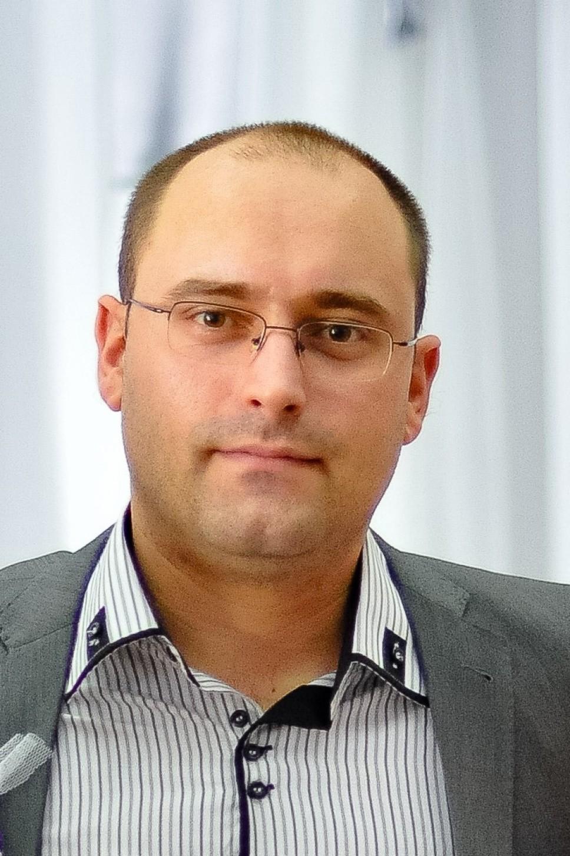 Biografija - Ivanović Igor